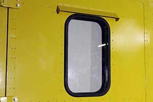 Окно установленное в дверь КРОН-МД-01-02