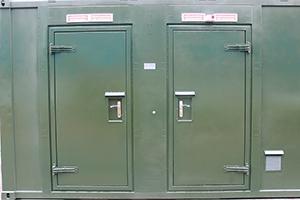 Металлические входные двери контейнера