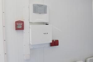 Фото панели управления противопожарной системы