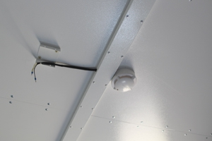 Датчик дыма установленный в контейнере для дизельной генераторной установки