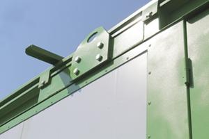 Металлический крепеж для транспортировки контейнера
