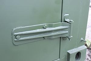 Фото металиической дверной петли