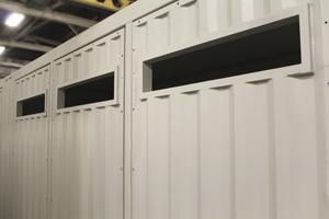 Фотография технологических отверстий в контейнере