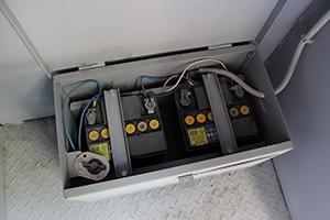 Фотография аккумуляторов контейнера КХО