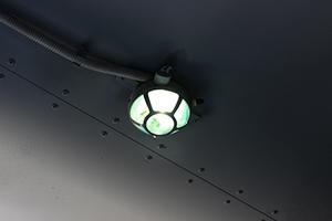 Фото осветительной лампы в контейнере КХО