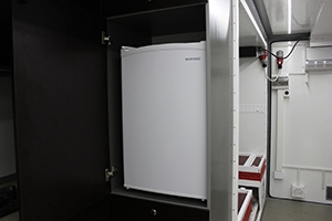Фото встроенного холодильника