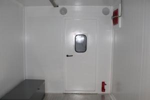 Фото внутренней металлической двери