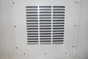 Фото внутренней вентиляционной решетки