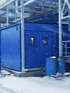 Металлические двери установленные в контейнер